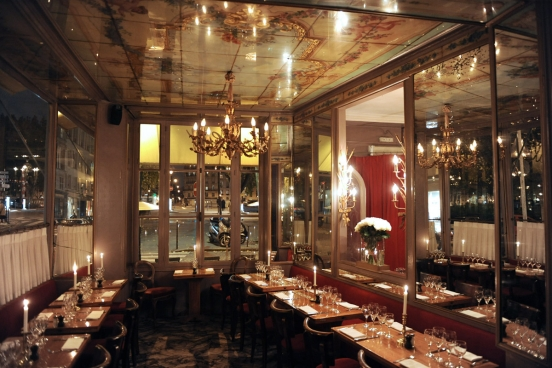 paris 10 trendy restaurants better than celebrity fly trap l 39 avenue. Black Bedroom Furniture Sets. Home Design Ideas