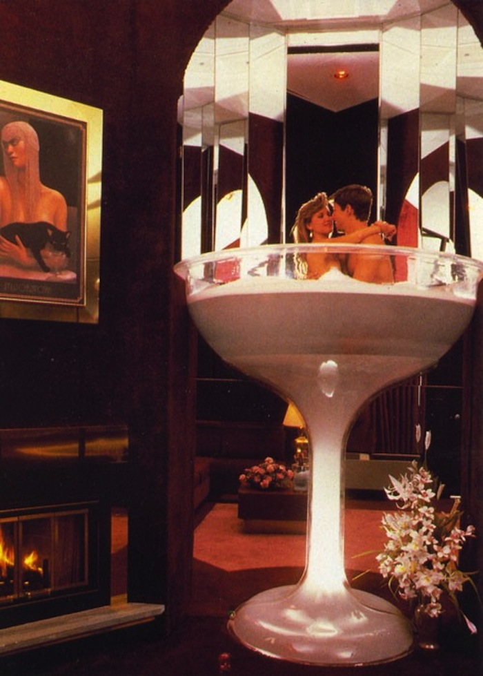 Jacuzzi Hotel Rooms: You Could Spend Your Honeymoon In A 7-foot Champagne Glass