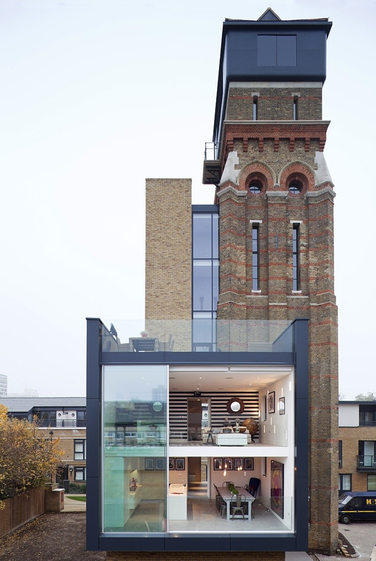 Derelict to divine charlie chaplin 39 s london water tower home for Modern tower house designs