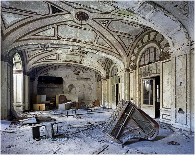 Survival through art finally someone made a film about what is going on in detroit - The beauty of an abandoned house the art behind the crisis ...