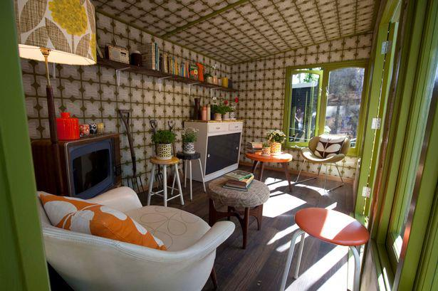 20 wendy houses for the peter pan in you for Wendy house ideas inside
