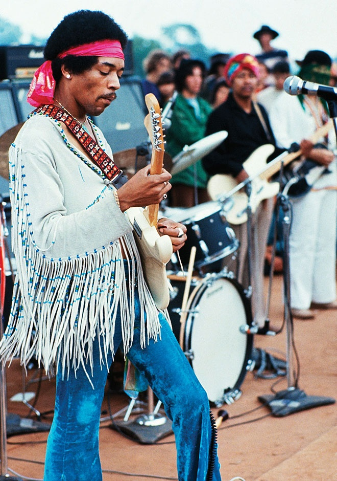 10 Jimi Hendrix Looks To Inspire An Epic Vintage Shopping Spree