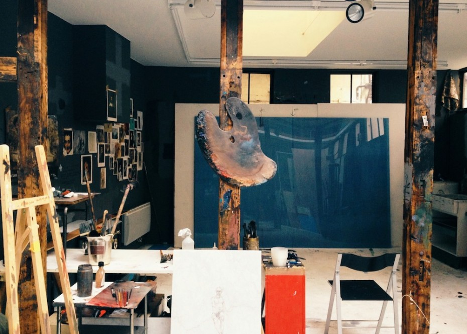 the last american artist in paris inside the studio messy nessy chic. Black Bedroom Furniture Sets. Home Design Ideas