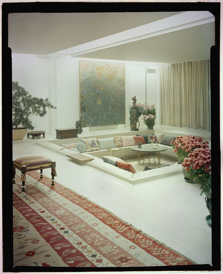 Mid Century Sunken Living Room: 13 Things I Found On The Internet Today (Vol. LXIX