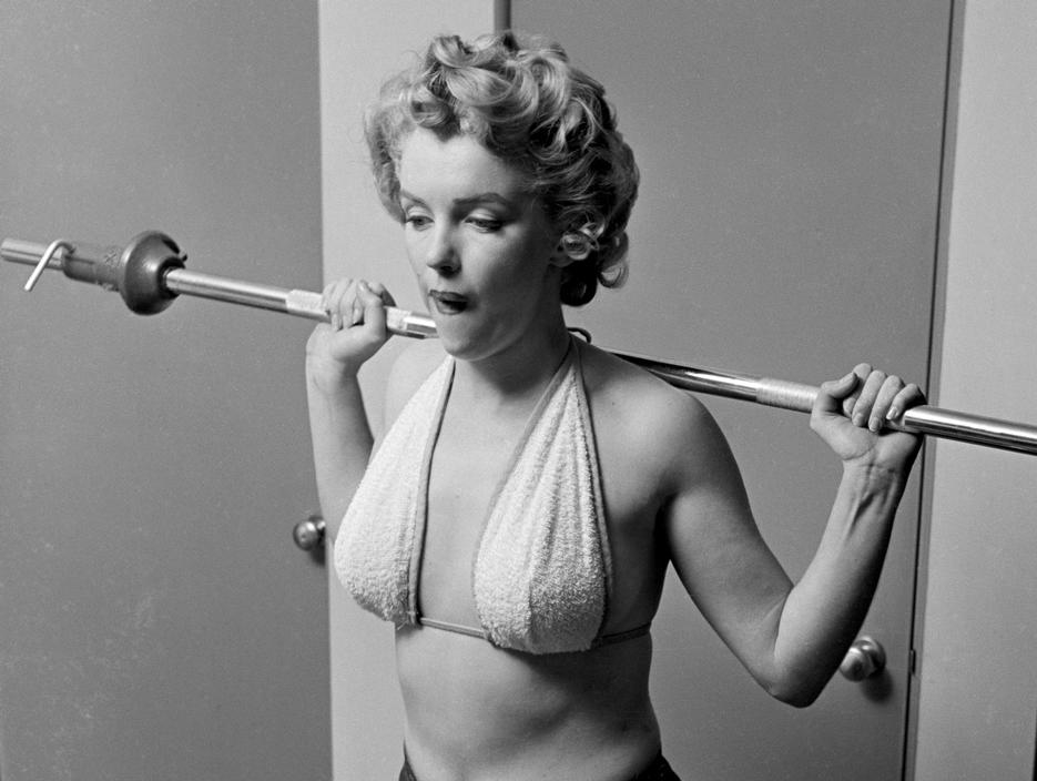 Célèbre Working Out with Marilyn Monroe QU33