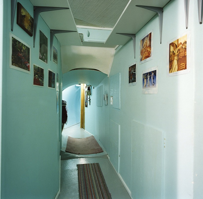 Charlie Hull, Group Shelter, Emigrant Montana, Hallway