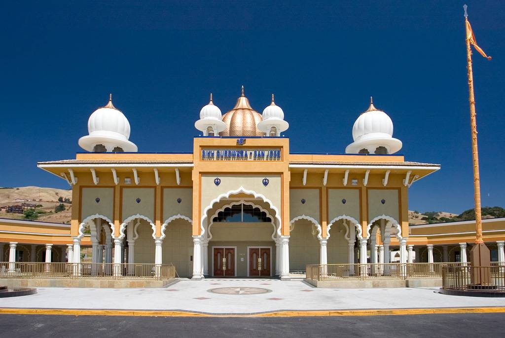 The Free Restaurants of Sikh Temples that serve guests of ...
