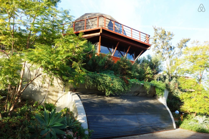 Find Your Inner Hippie At The Trippy Airbnb Pad In The Hollywood Hills