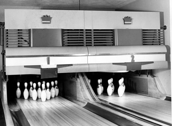 bowling with mr president beneath the white house