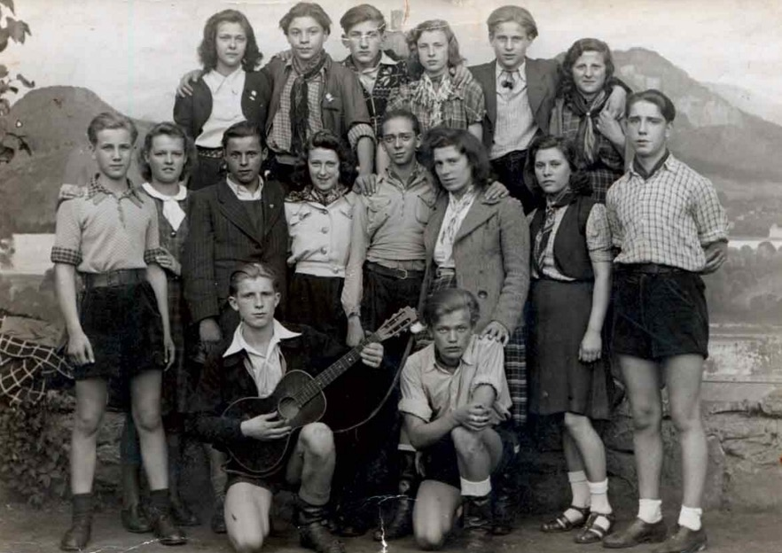 how did hitler come into power the hitler youth program This timeline covers the rise of adolf hitler and the nazi party, from an obscure group to rulers of germany.
