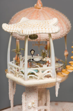 peter-gabriel-miniature-mermaid-dollhouse5