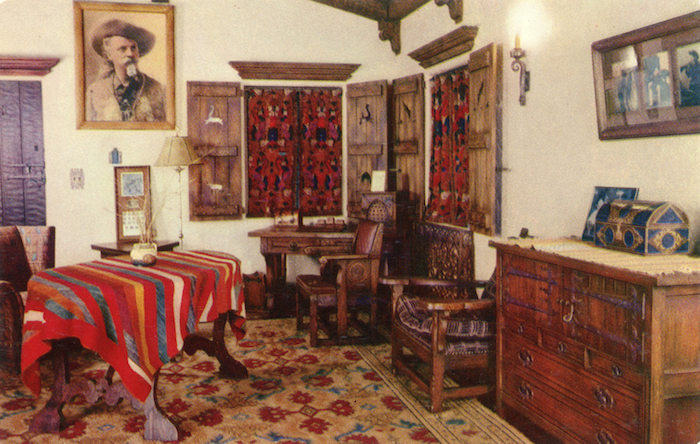 Death_Valley_Scotty's_Bedroom_F_9