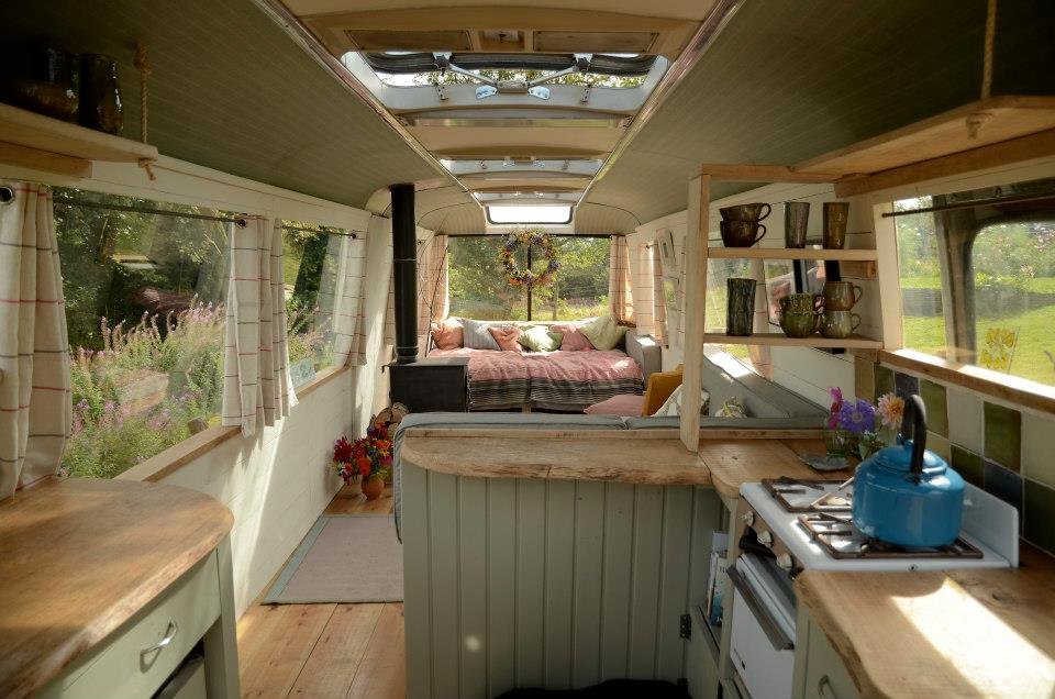 majestic-bus-small-home-15