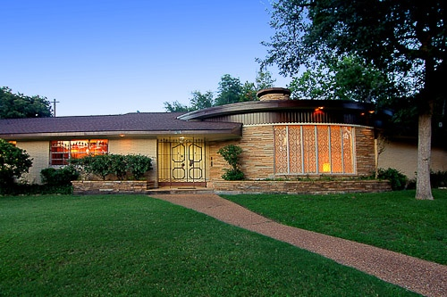 American retro time capsule homes Mid century modern homes for sale houston