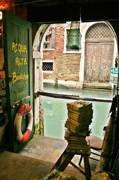 10 Inspiring Bookshops around the World
