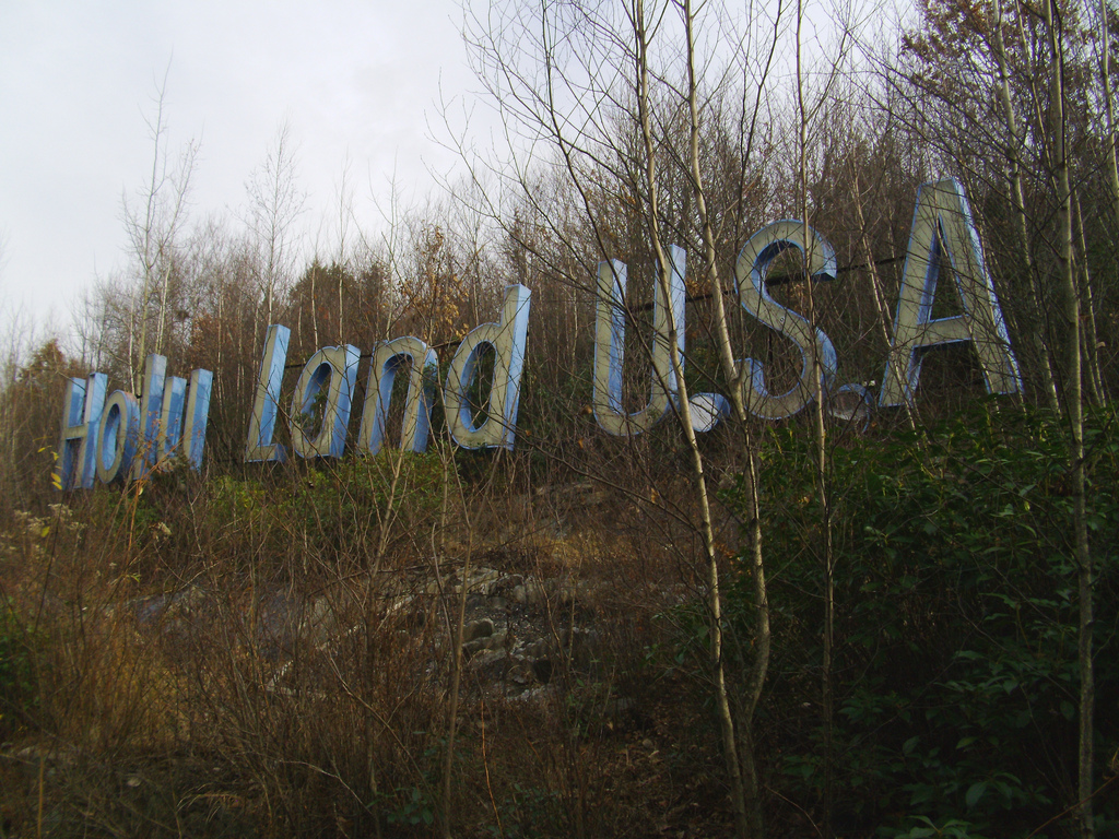 Holy Land Usa Before After The Abandoned Christian Theme Park