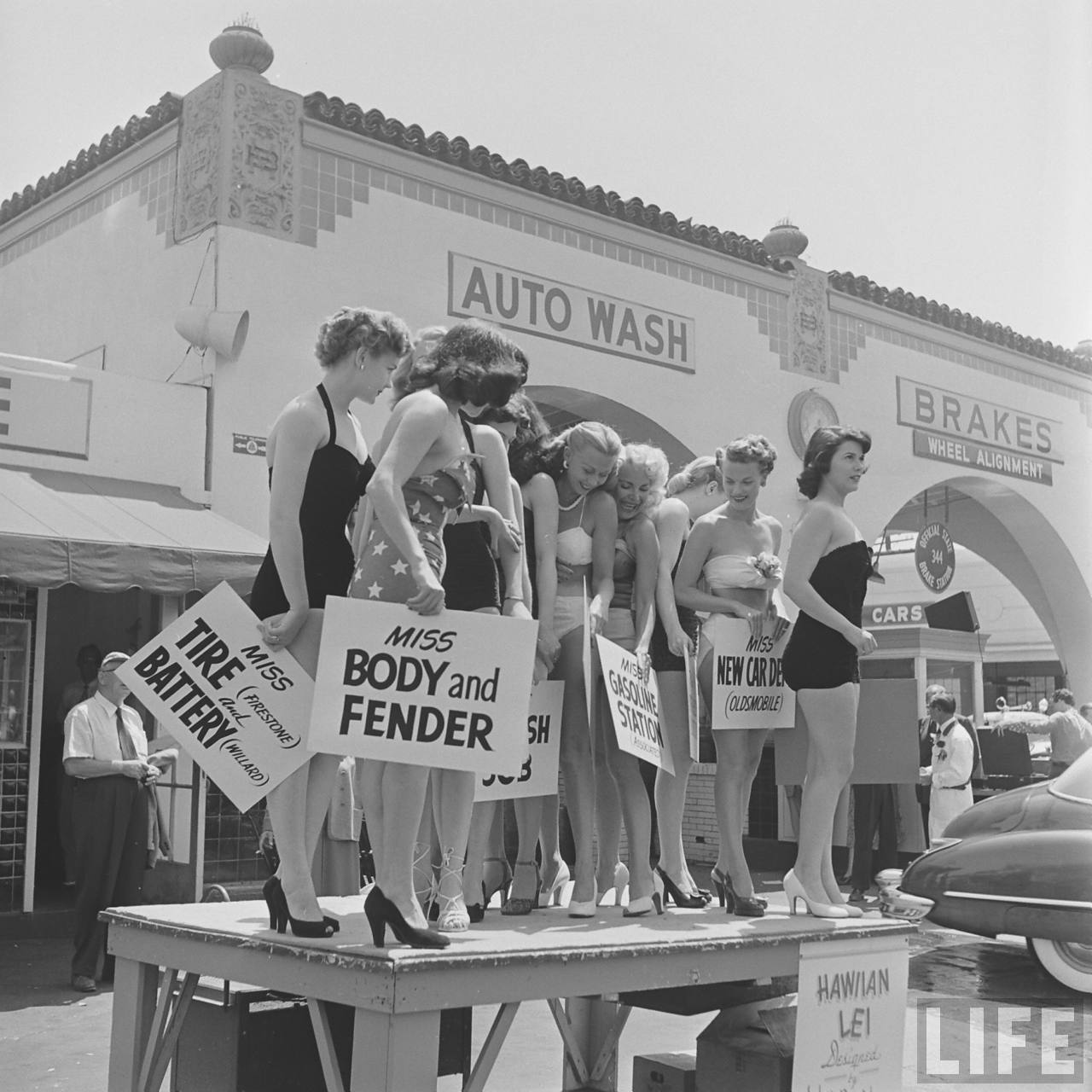 a car wash beauty pageant 1951