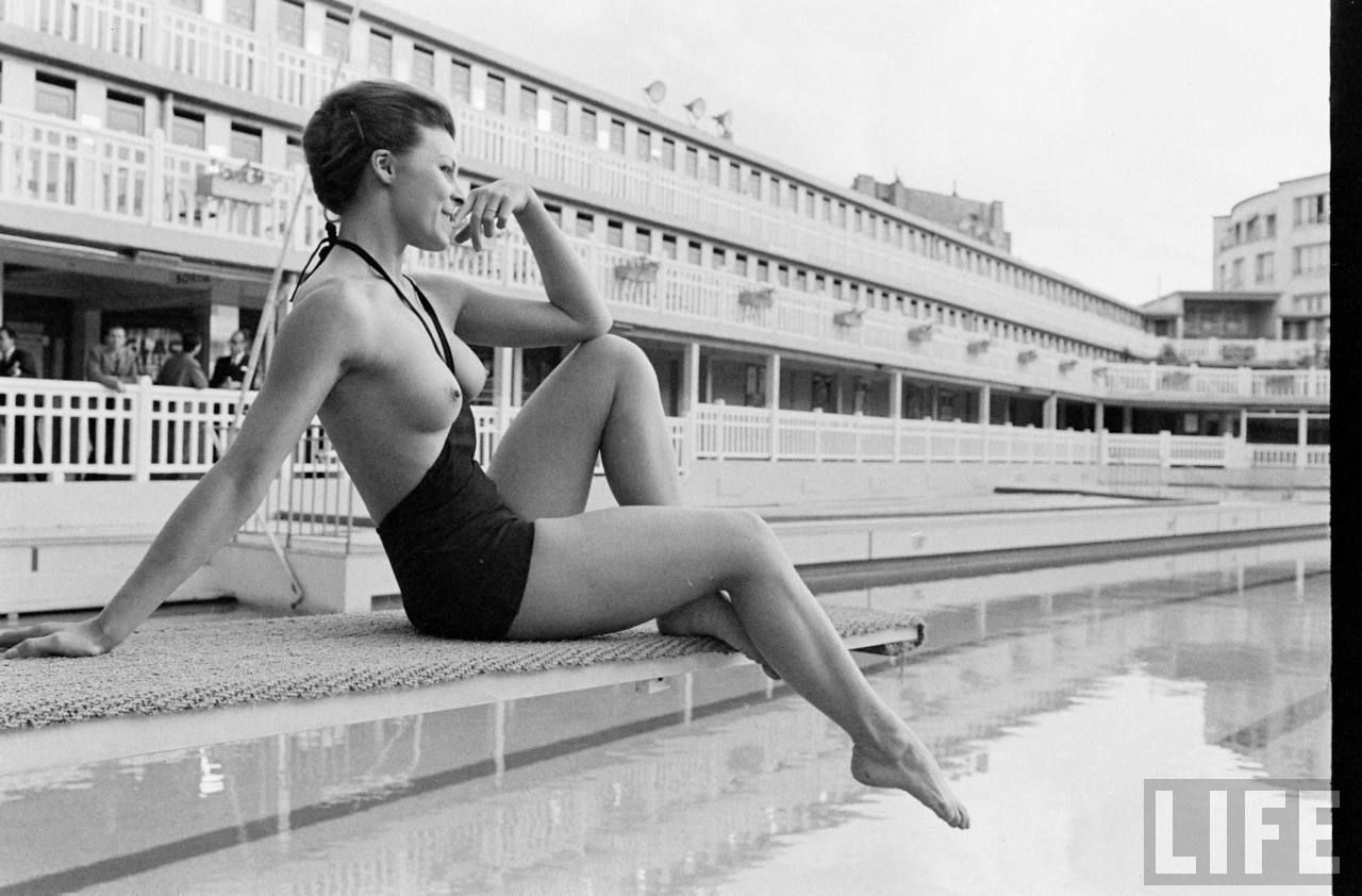 4a8c1829a2f The First Monokini: Trying to make the Topless Swimsuit happen in 1964