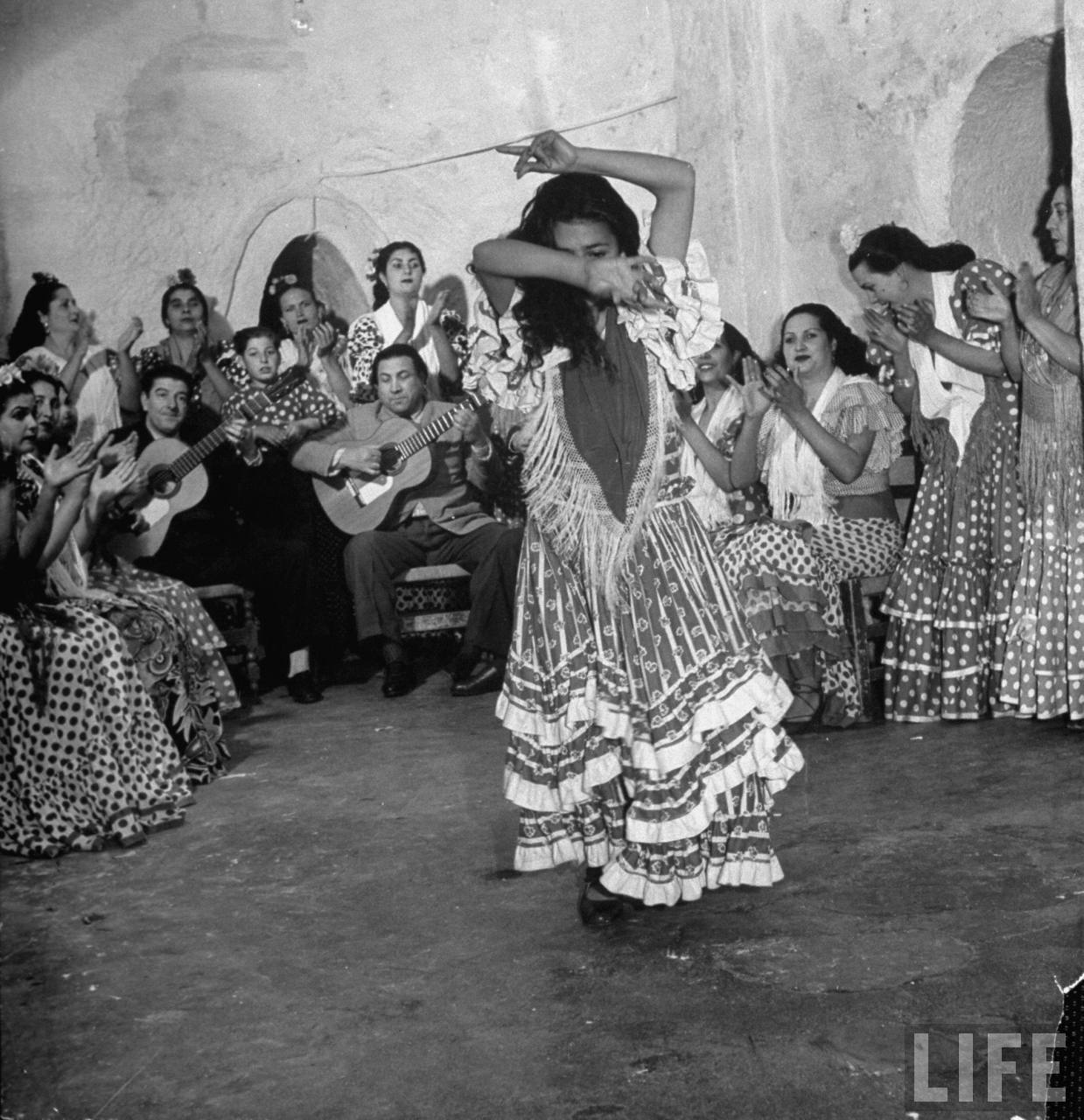Old Black Rugby Dance: The Cave-Dwelling Flamenco Dancers Of Andalucia