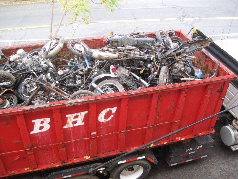 motorcyclegraveyard11
