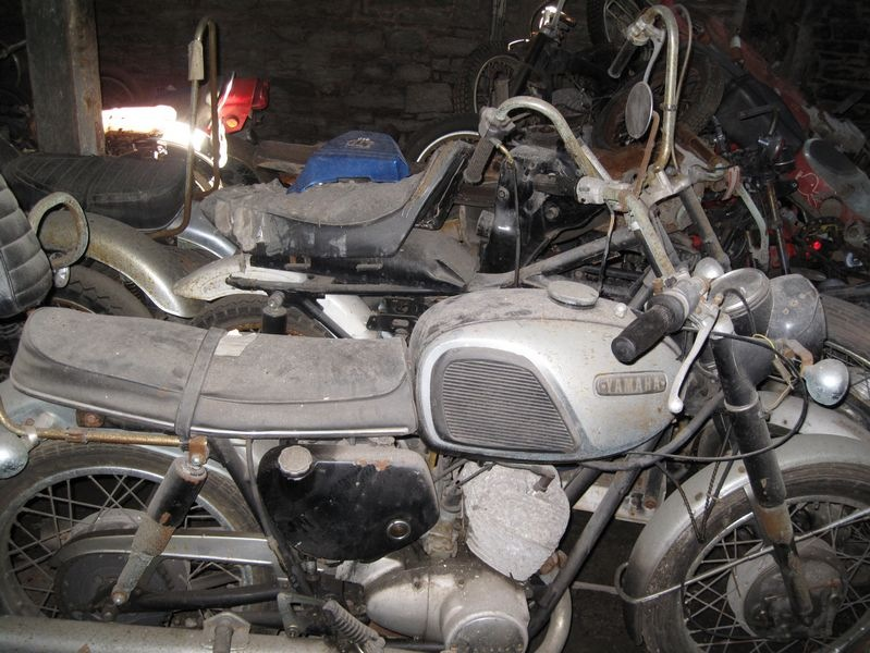 motorcyclegraveyard7