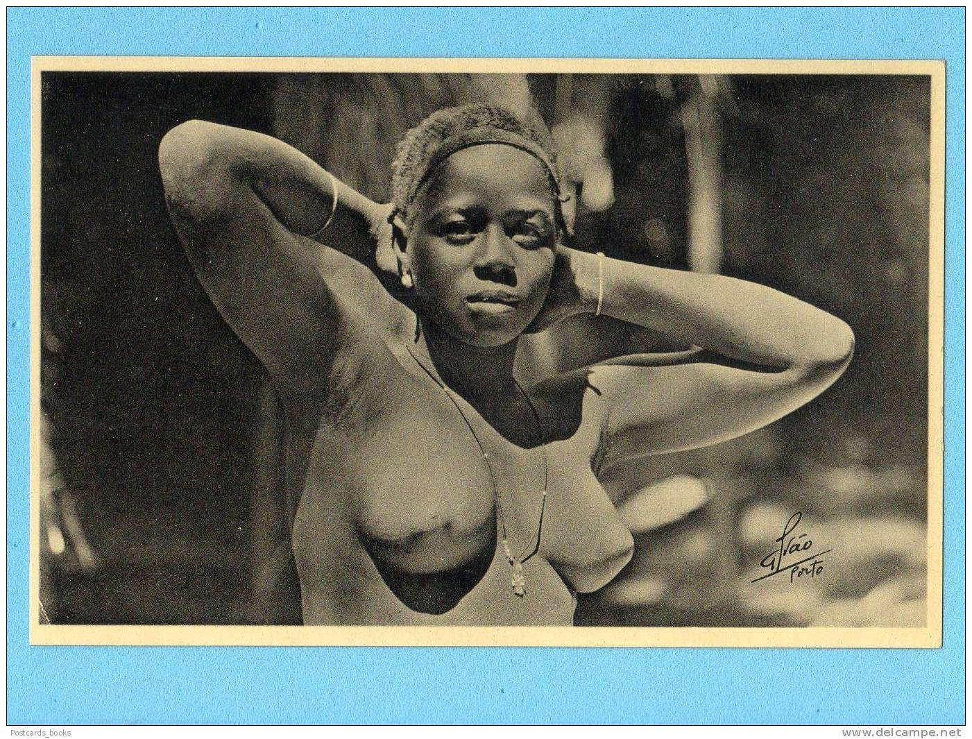 naked colonial women pics