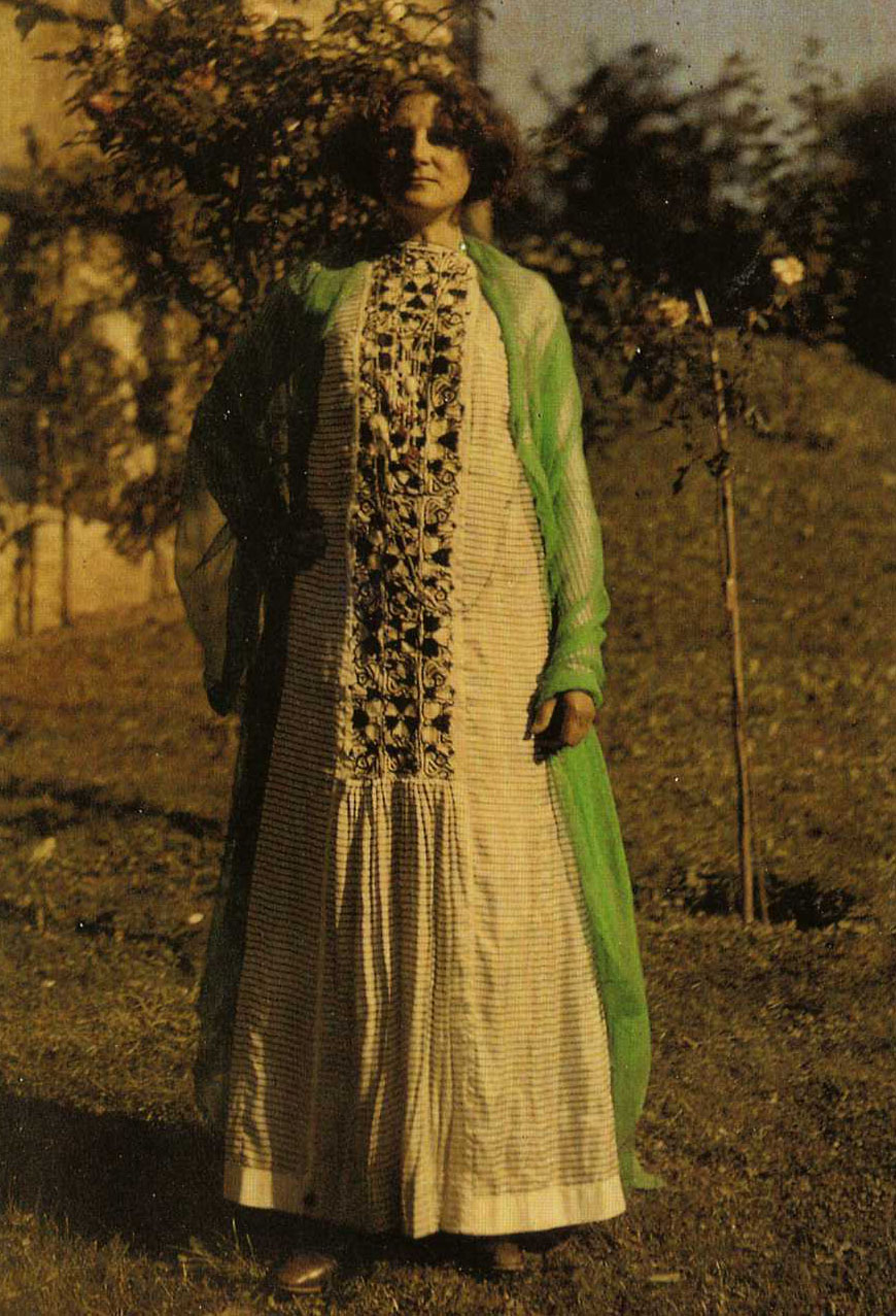 Dressing The Woman In Gold The Unknown Bohemian Designer