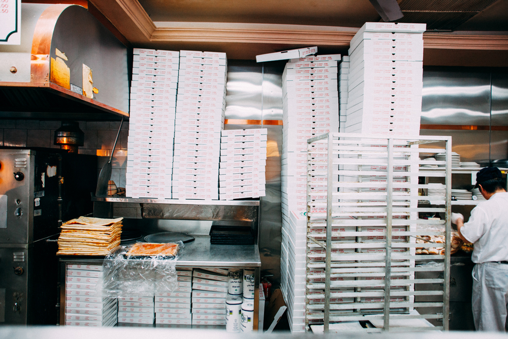 the-new-york-pizza-project-brothers-pizza-staten-island-shop