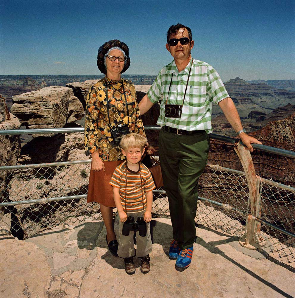 Family-in-Earth-Colors-at-South-Rim-Grand-Canyon-National-Park-AZ-19802