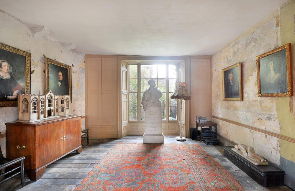 Reception-room-Malpaquet-House-1050x680