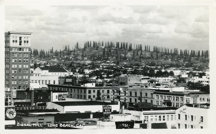 Signal_Hill_Long_Beach_Cal_751_mailed_1951