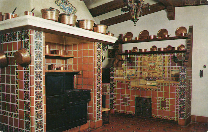 Spanish_Style_Kitchen_of_Death_Valley_Scotty's_Castle_F7