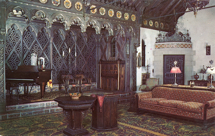 The_Music_Room_of_Death_Valley_Scotty's_Castle_F12