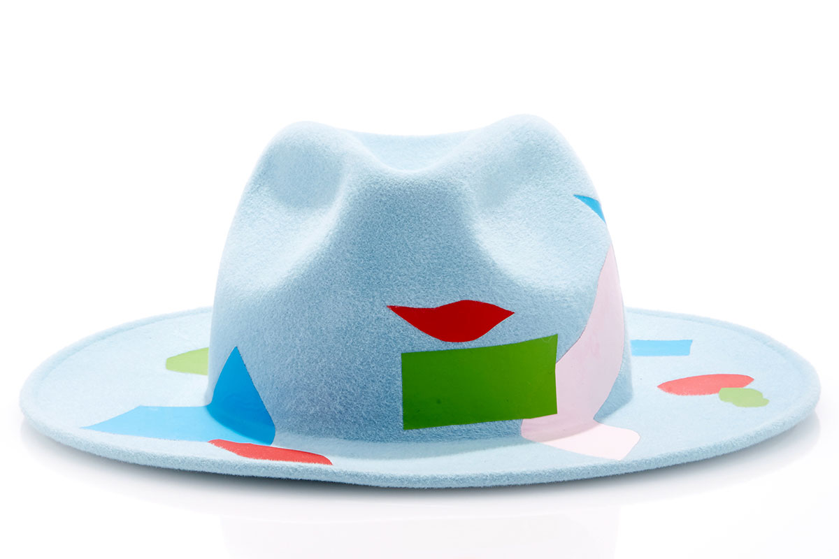 laura-apsit-livens-light-blue-ceilo-trilby