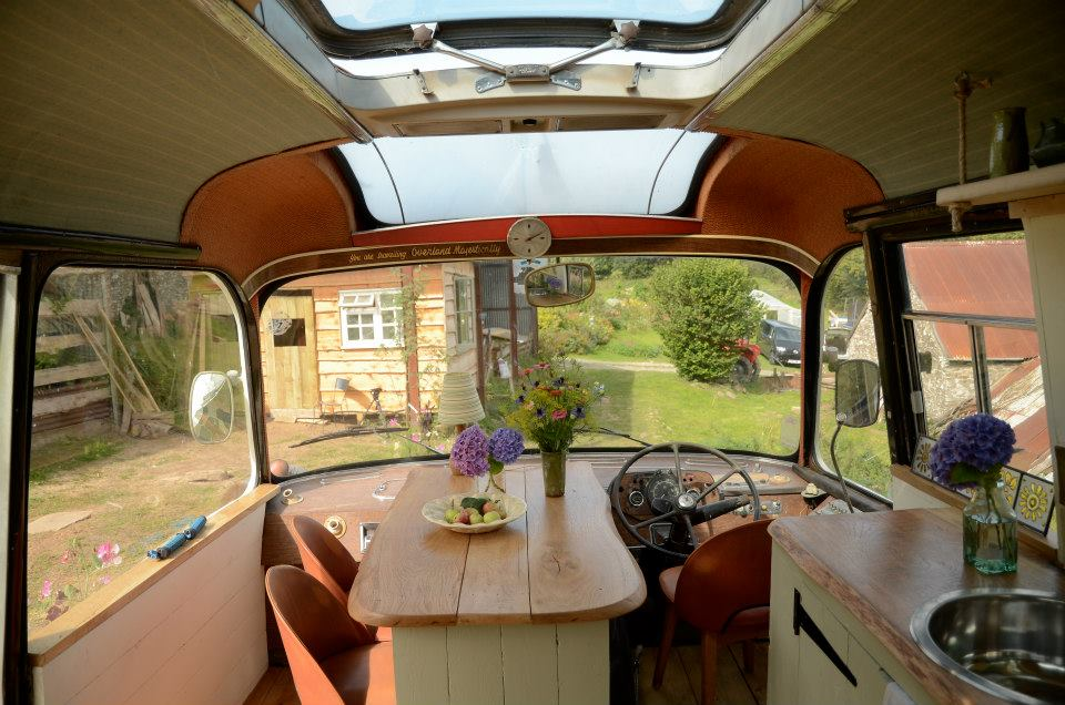 majestic-bus-small-home-21