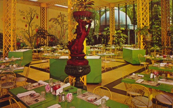 Our Glorious, Gaudy Dinner Date at America's Kitschiest Restaurant