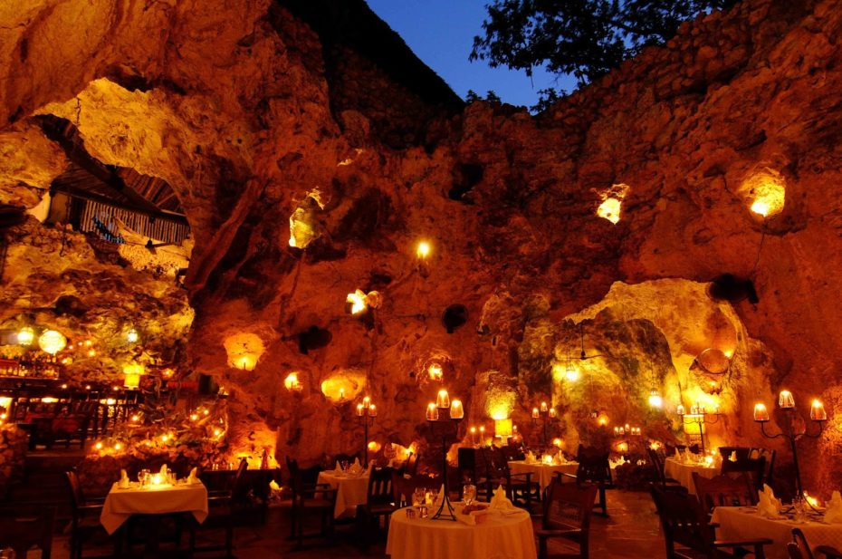 This image has an empty alt attribute; its file name is Ali-Barbours-Cave-Restaurant-Diani-Beach-Ke_a-930x617.jpg